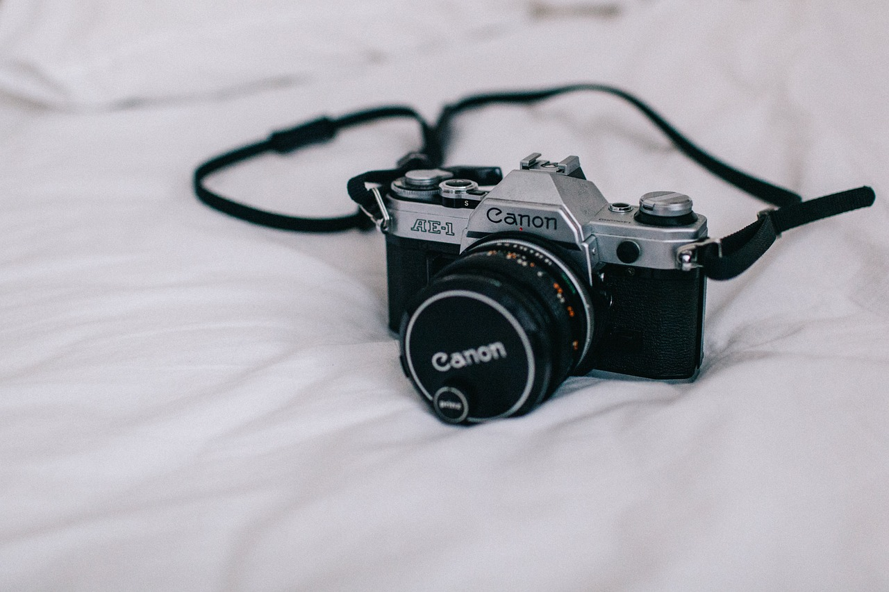 camera-1209142_1280